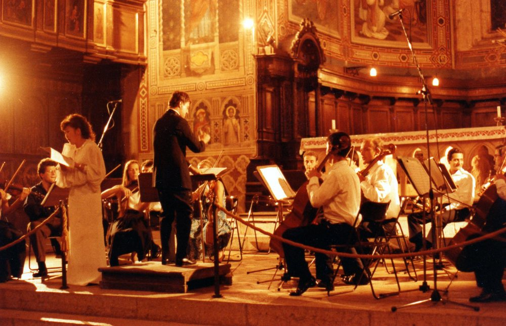 Conducting the Mozart Alleluia with the Gubbio Festival orchestra, 1991.jpg