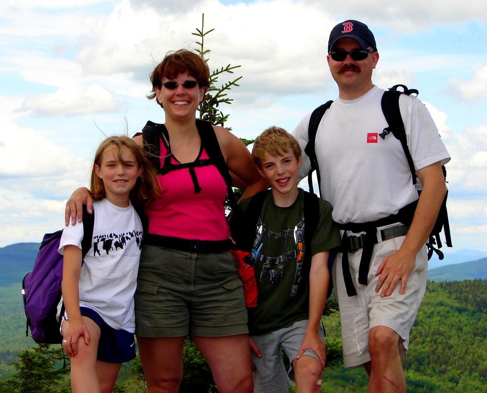 maine-family-hike.jpg