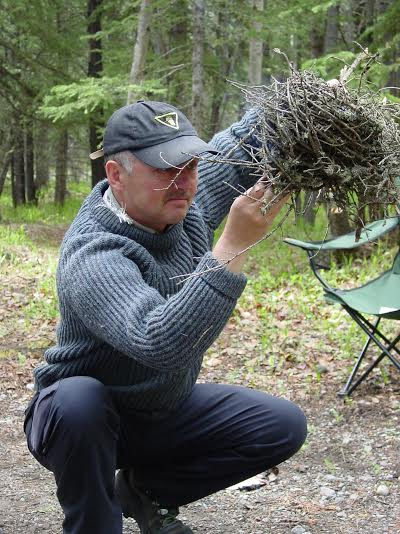 Dave Holder demonstrating the twig bundle technique for fire starting