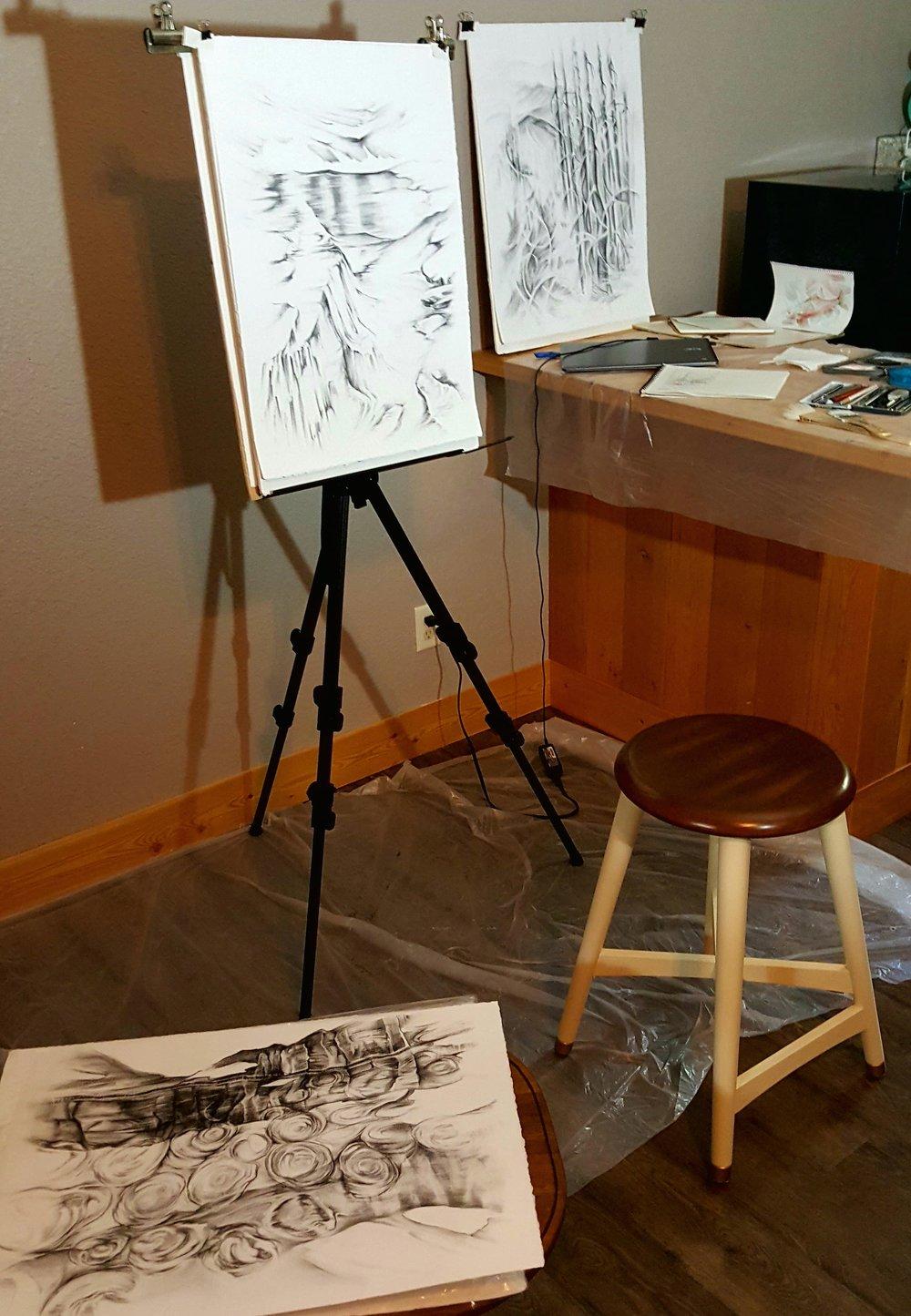 GNP, Studio
