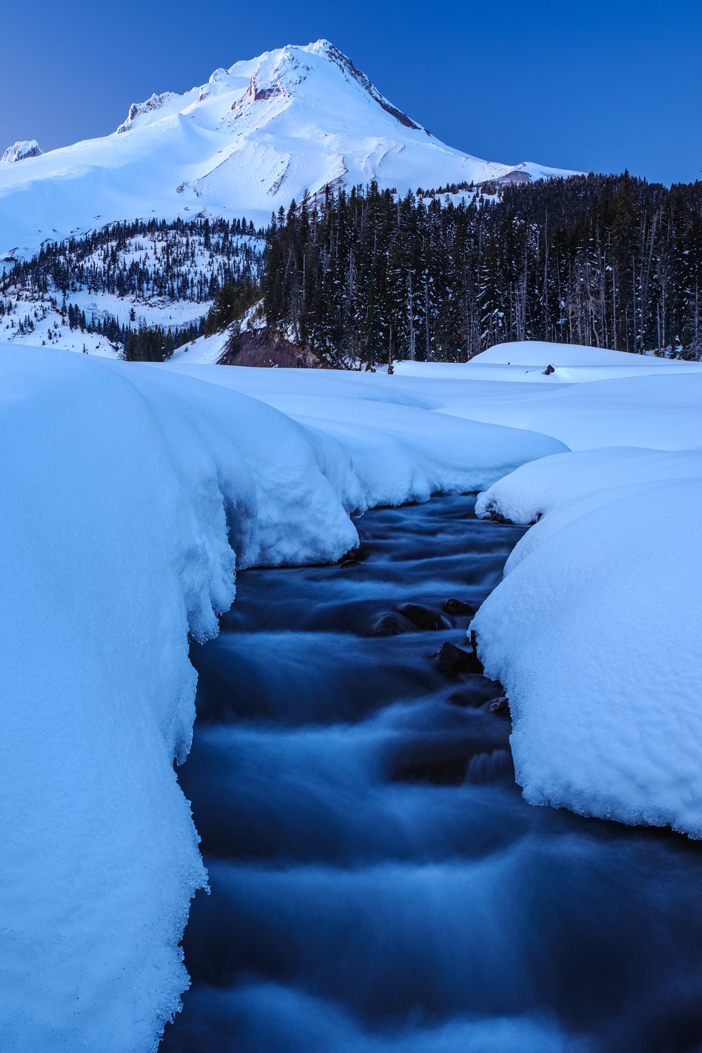 Pillowy Soft Snow