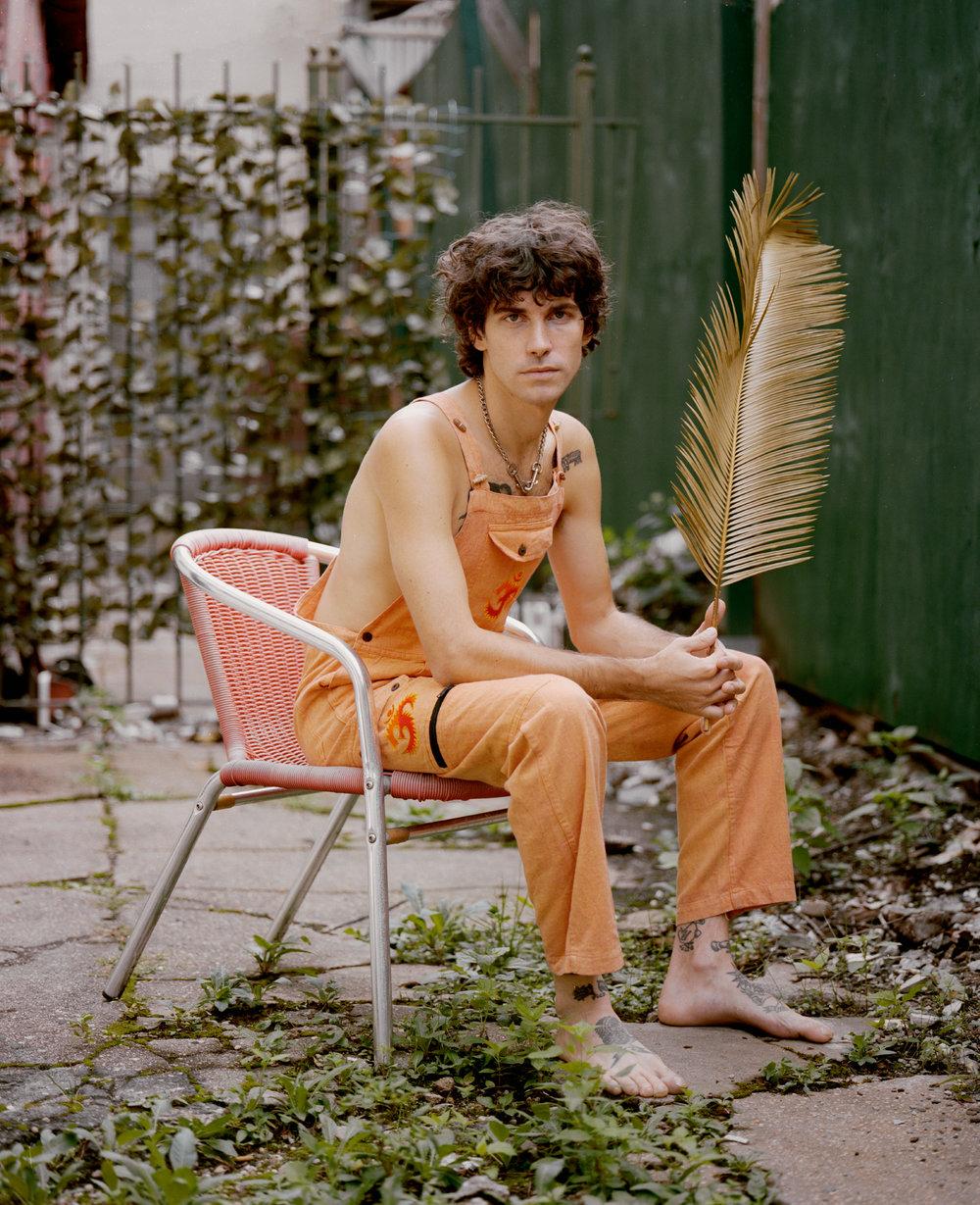 Performer Jazzboy  Stylist Leon Hernadez