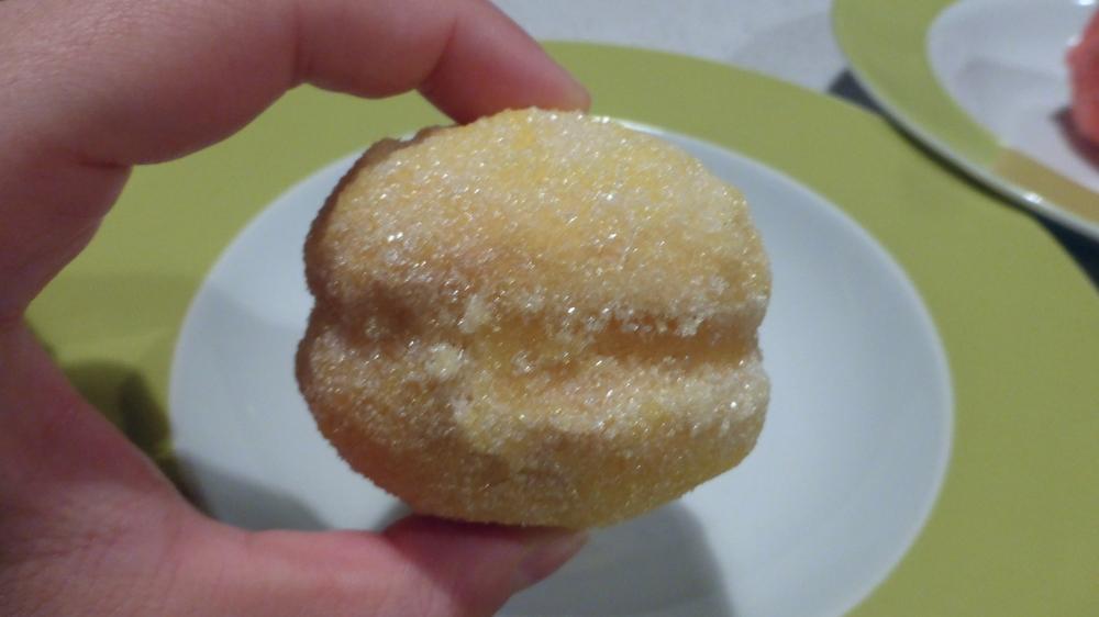 Bar a beurre - pesche dolci - lemon - montreal bakery - montreal pastry - montreal desserts - old montreal bakery - my girl montreal