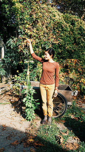 One Leaf Farm was founded by Rand Rasheed. Many years and many vegetables later, she still loves growing radishes, and setting up irrigation lines.