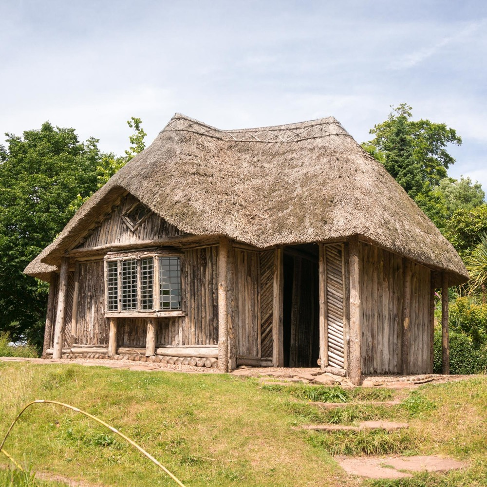 The Bear Hut - it was used to house a black bear in the 1860's. Also, the three rooms are made with different materials -one floored with cobbles, one with log sections and the third with deer knuckle bones (yep, really).The ceilings were then also made from basketry, matting and deerskins respectively.