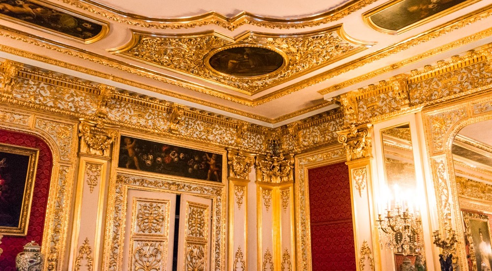 The golden room. Everything was gold and sparkly!