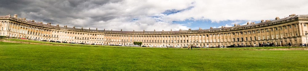 Royal Crescent in all its glory
