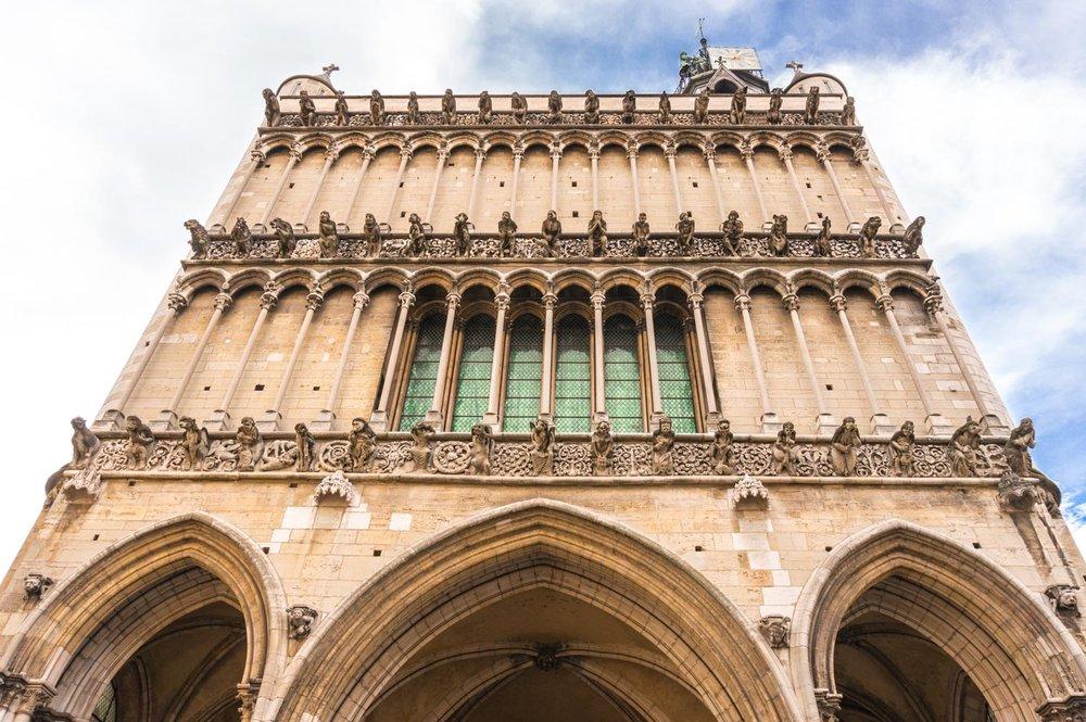 Eglise Notre-Dame de Dijon. Check out those gargoyles!