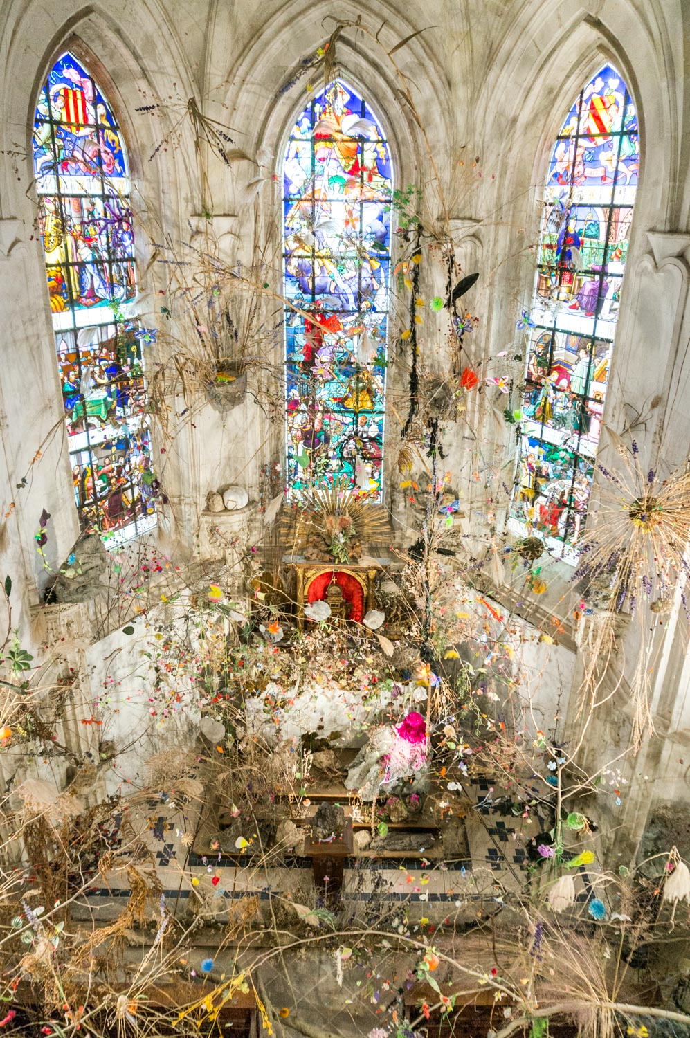 The rather odd exhibition in the chateau chapel - it was like an explosion of sticks, feathers and glitter!