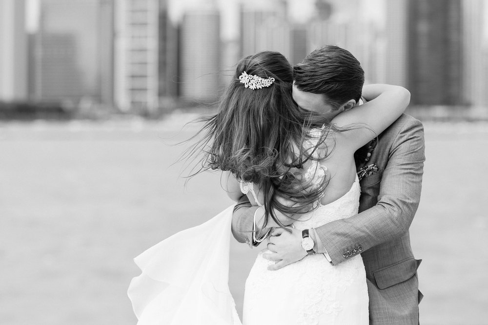 Brittany Bekas - Garfield Park Conservatory Chicago Wedding Photos-6.jpg