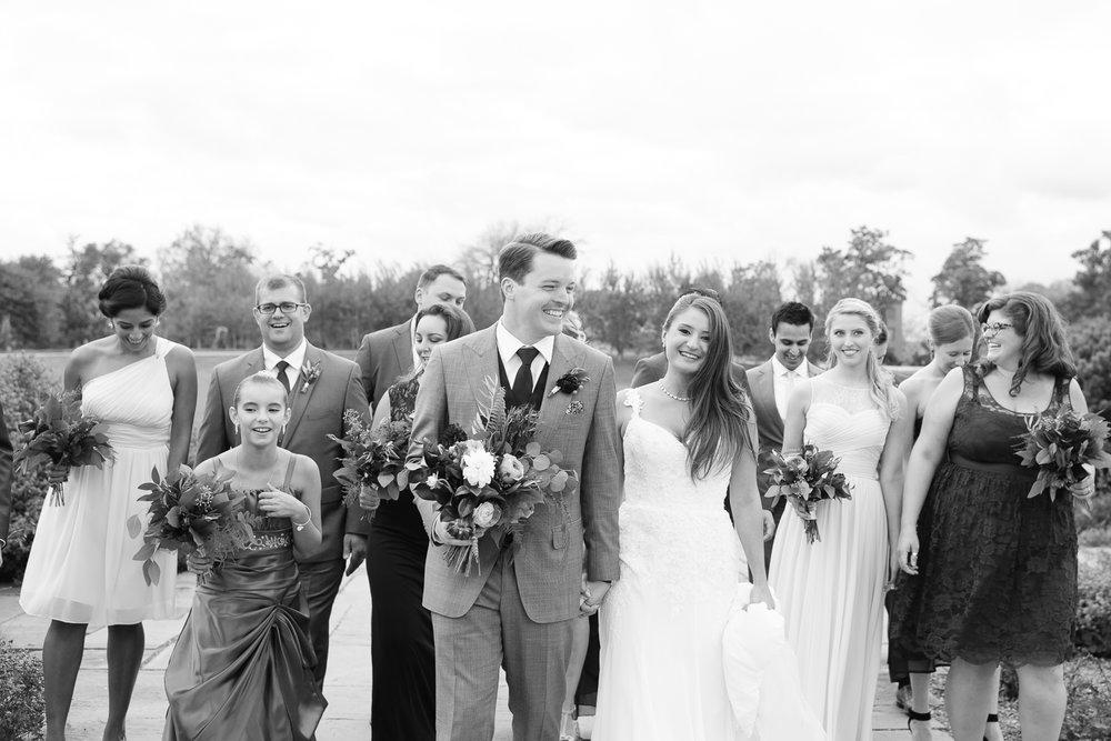 Brittany Bekas - Garfield Park Conservatory Chicago Wedding Photos-16.jpg