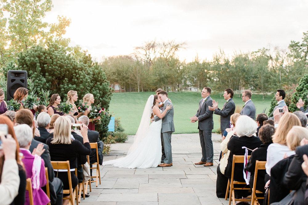 Brittany Bekas - Garfield Park Conservatory Chicago Wedding Photos-27.jpg