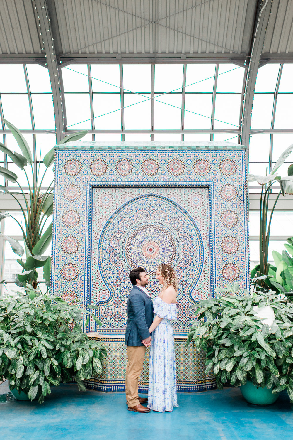 Brittany Bekas - Garfield Park Conservatory Chicago Engagement Photos-13.jpg