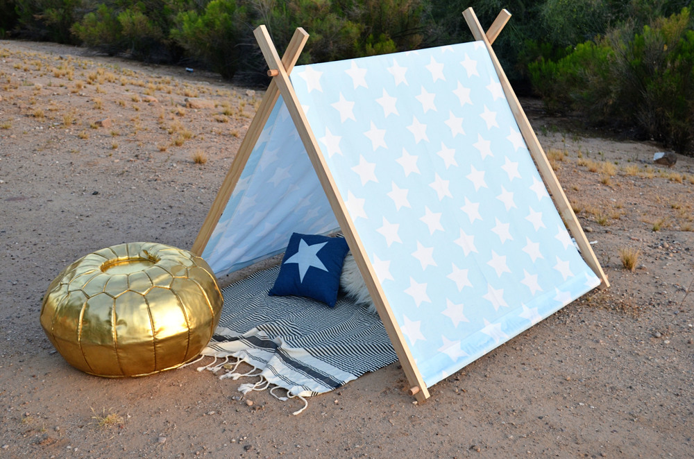Simple No Sew Kid S Tent Diy Momma Society