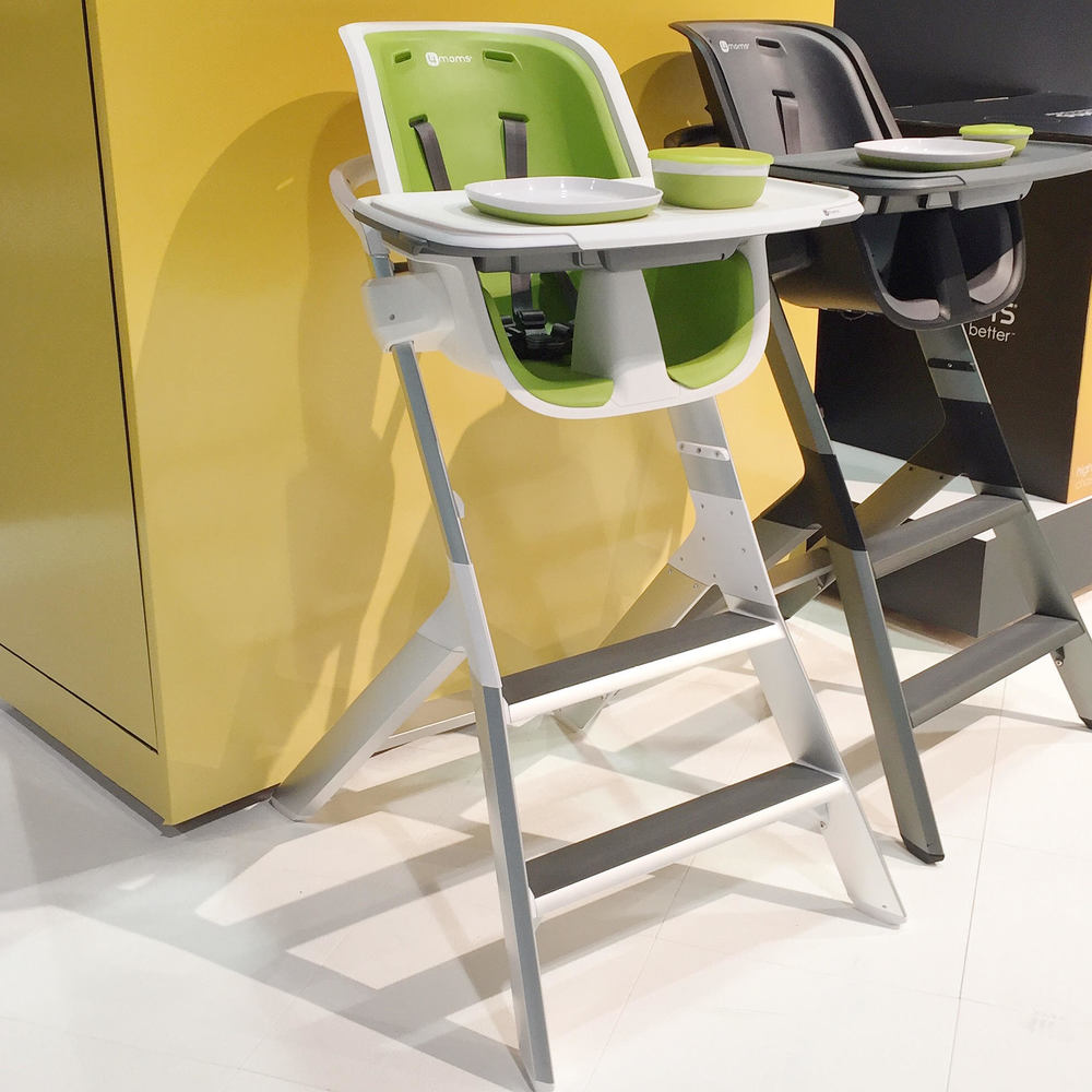 Best of High Chairs - 4Moms Magnetic High Chair | ABC 2015 Kids Expo Awards from Momma Society | www.MommaSociety.com | The Community of Modern Moms | Join our party on Instagram @mommasociety