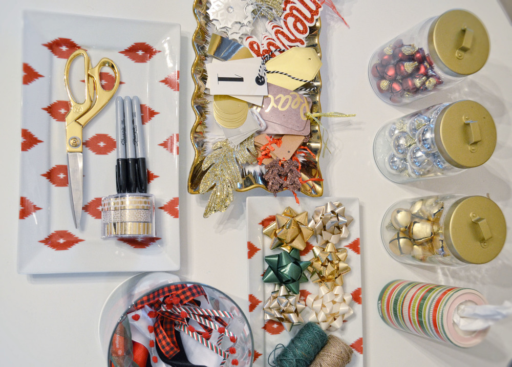 How To Host A Holiday Gift Wrapping Party | Momma Society-The Community of Modern Moms | www.mommasociety.com