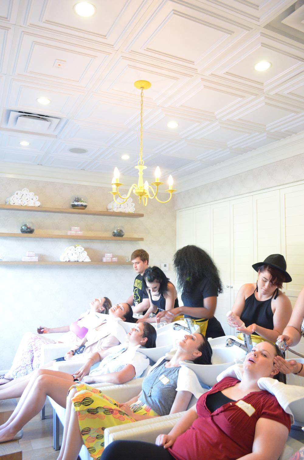 Momma Society Mingle at Drybar Phoenix | Momma Society-The Community of Modern Moms | www.MommaSociety.com