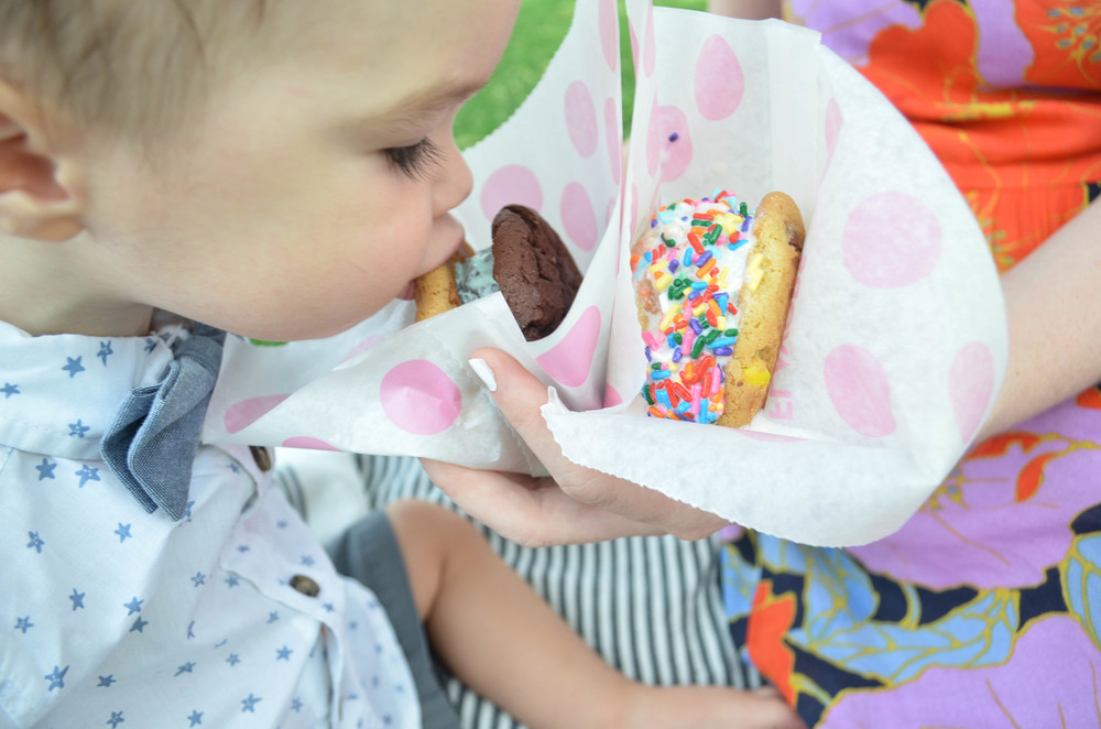 Warm Ice Cream Sandwich | Momma Society-The Community of Modern Moms | www.MommaSociety.com