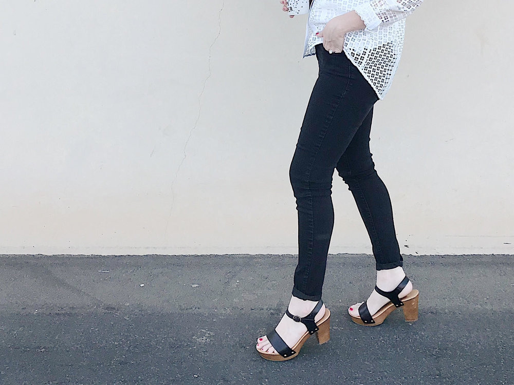 White Cage Shirt | Mom Style