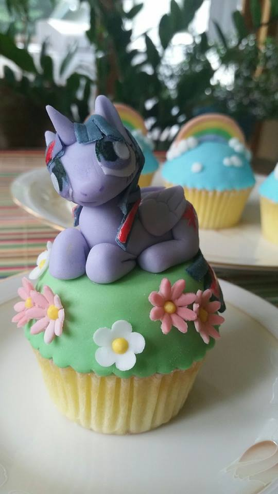 pony cup.jpg