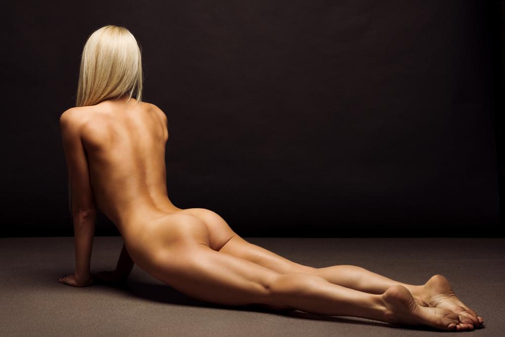 cobra-pose-naked.jpg