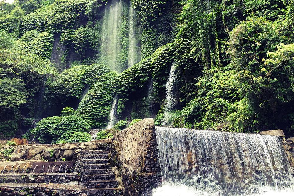 Benang Stokel, Lombok