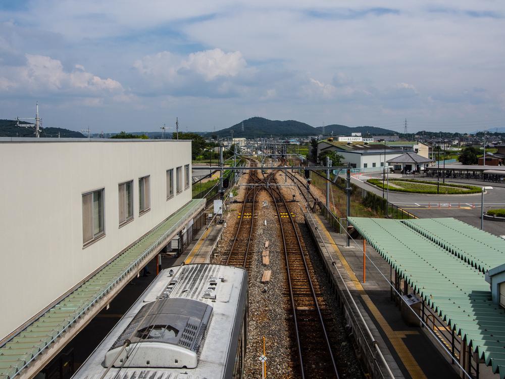 Kakogawa Line, Yakujin Station