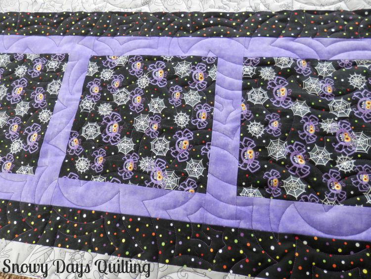 Quilting Design:  Gossamer by Hermione Agee  Quilt Maker:  Debbie Schultz  Quilt Pattern:  None  Notes:  This quilting design is the perfect choice for any Halloween quilt!