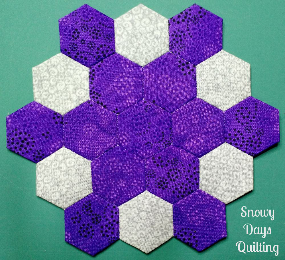 epp hexies with contrasting thread