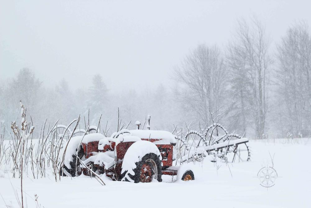 wintertractor1-1.jpg