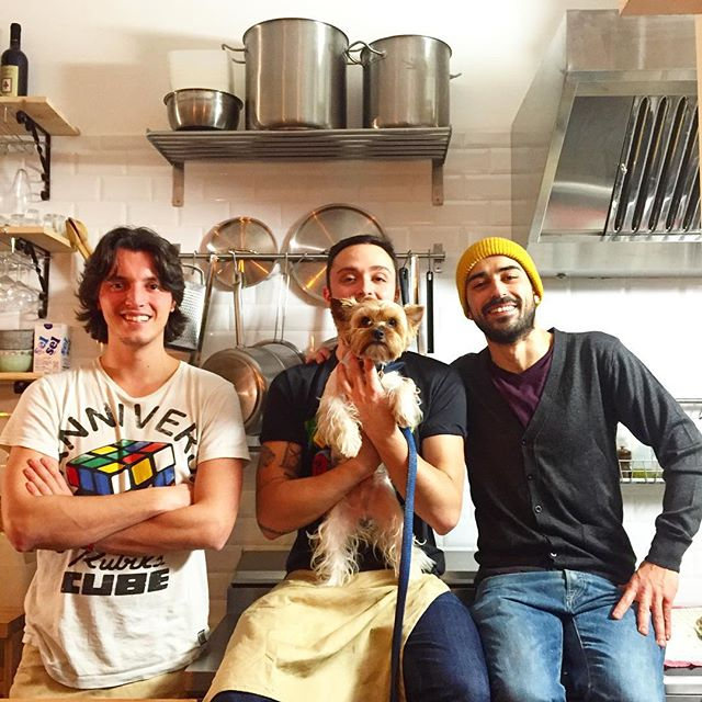 Grazie mille from Souffle! A brand new, fantastic #italian restaurant in #Paris #LaLa #LaLasagneria!!! Fluffy friends are welcome by the most friendly team of the #restaurant owners Michele, Antonio, and the mindblowing chef Lorenzo! Do not miss your chance to try a real Italian lasagne in Paris! And a special dish for #vegans #vegetariabnlasagne! Read our review next week! #food #gastronomie #italiancuisine