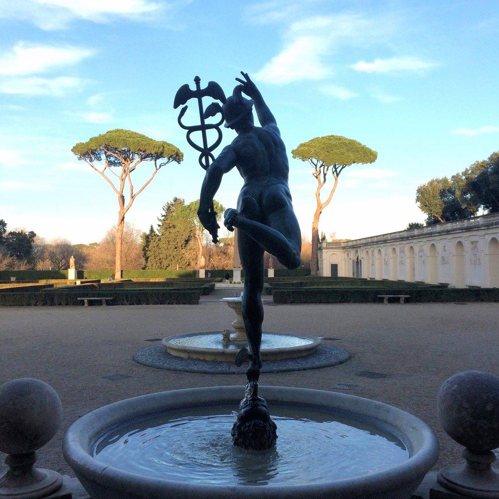 la Villa Médiciset ses jardins!