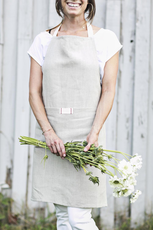 White bistro apron - Heirloomed Linen Bistro Apron Heirloomed Linen Aprons Tabletop Meaningful Gifts