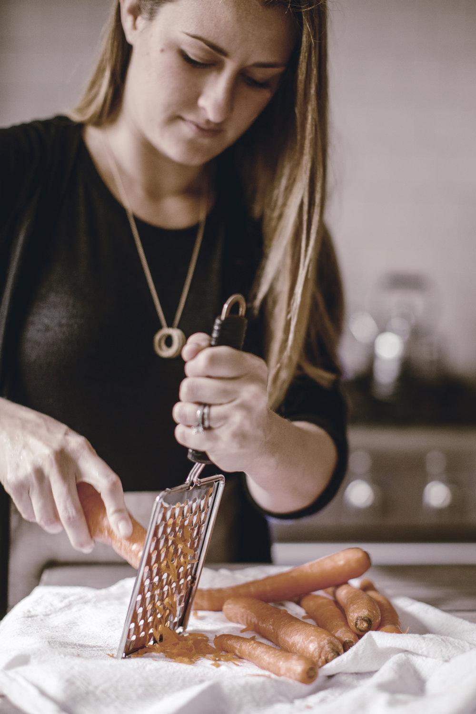 grating fresh carrots