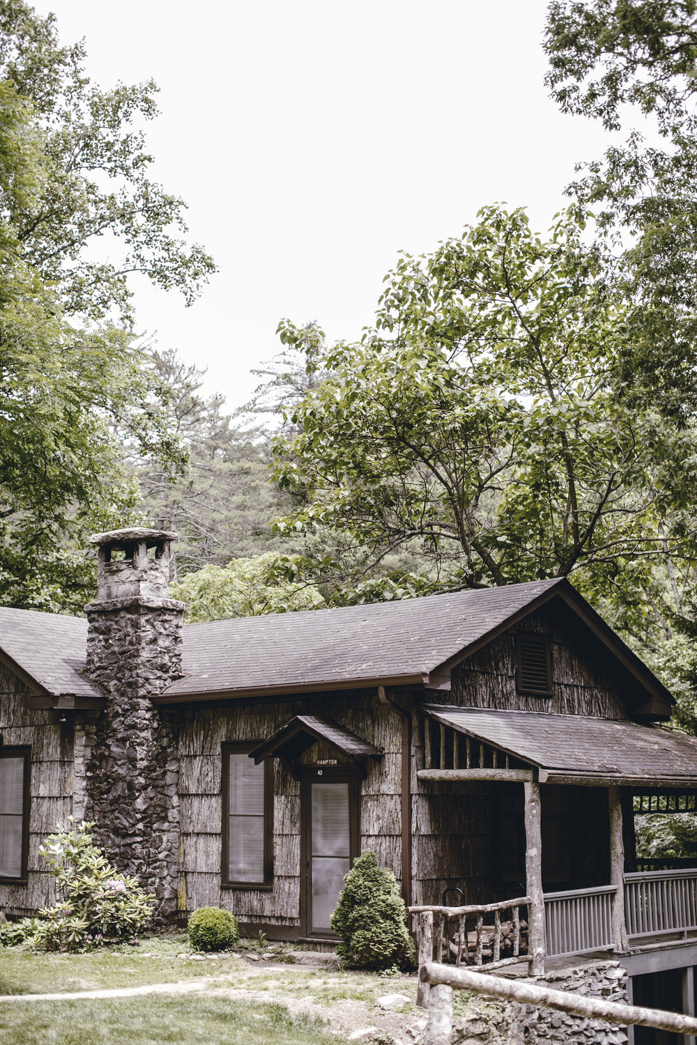 mountain cabin in cashiers North Carolina / heirloomed
