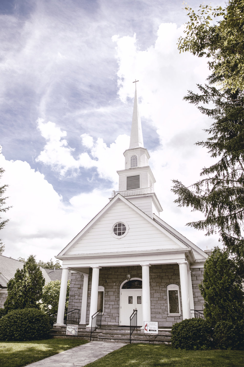 church in highlands North Carolina / heirloomed travel