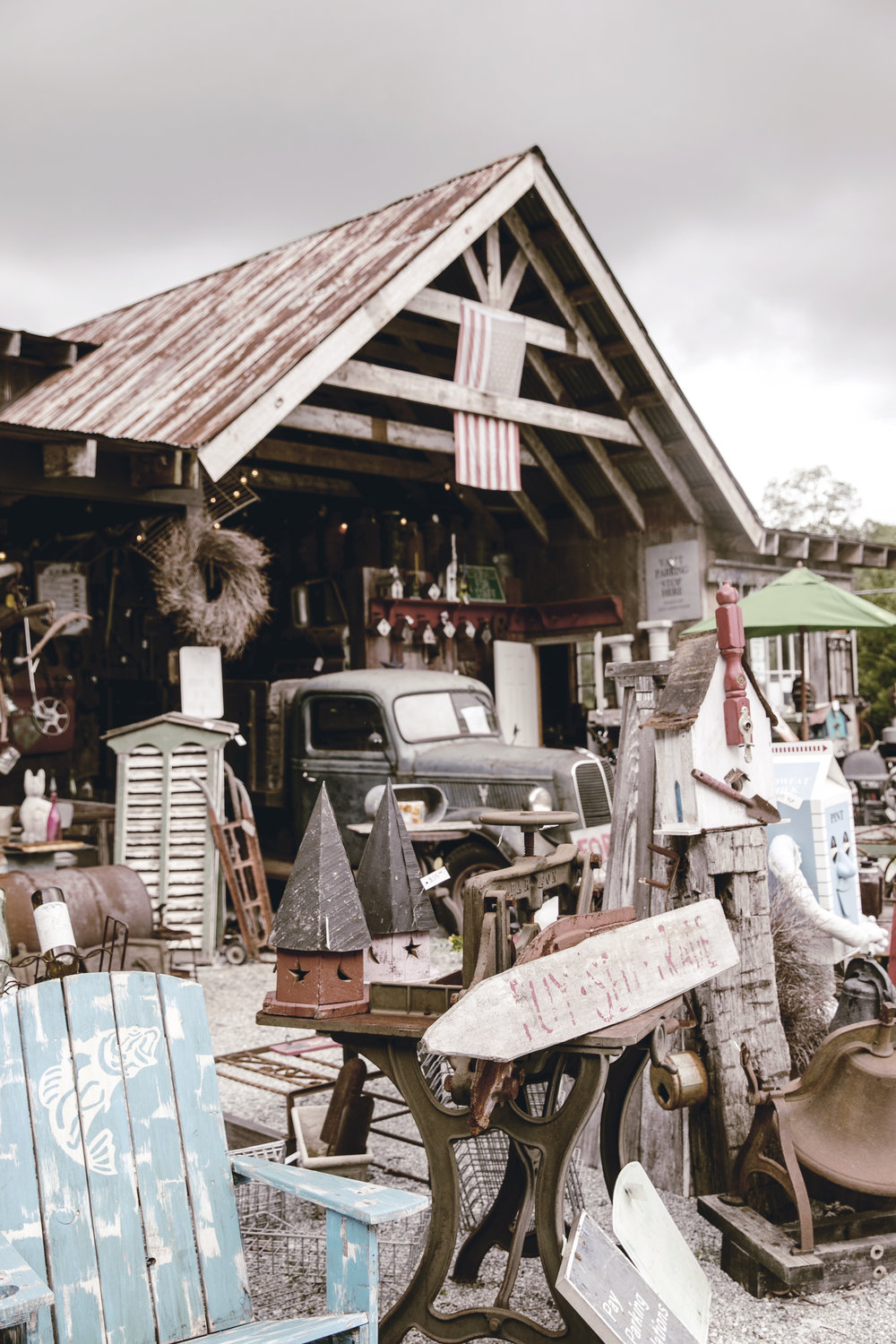 antique architectural salvage store / cashiers NC / heirloomed travel