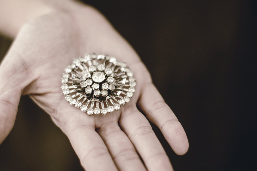 grandmothers vintage brooch / heirloomed
