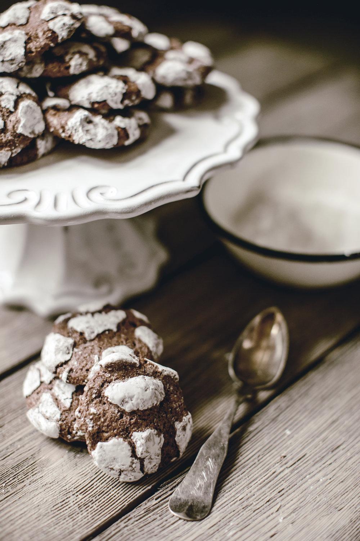 chocolate crinkles / heirloomed