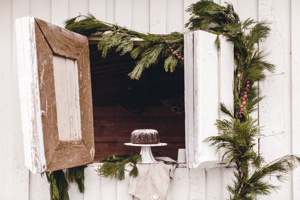 chocolate cake in rustic barn window / holiday entertaining / heirloomed