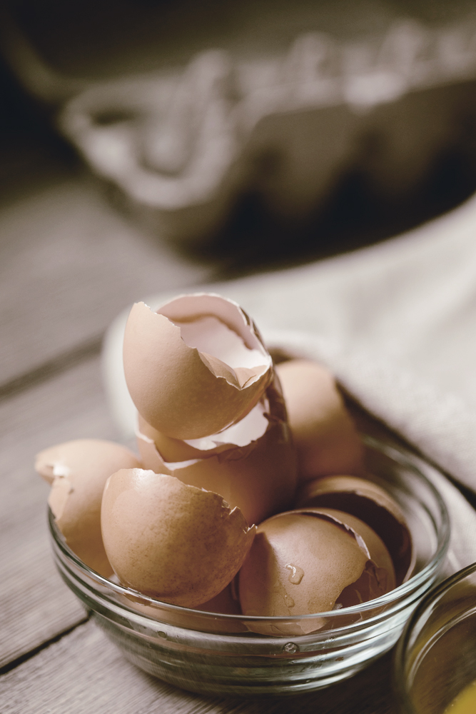 cracked brown egg shells / meringue recipe / heirloomed