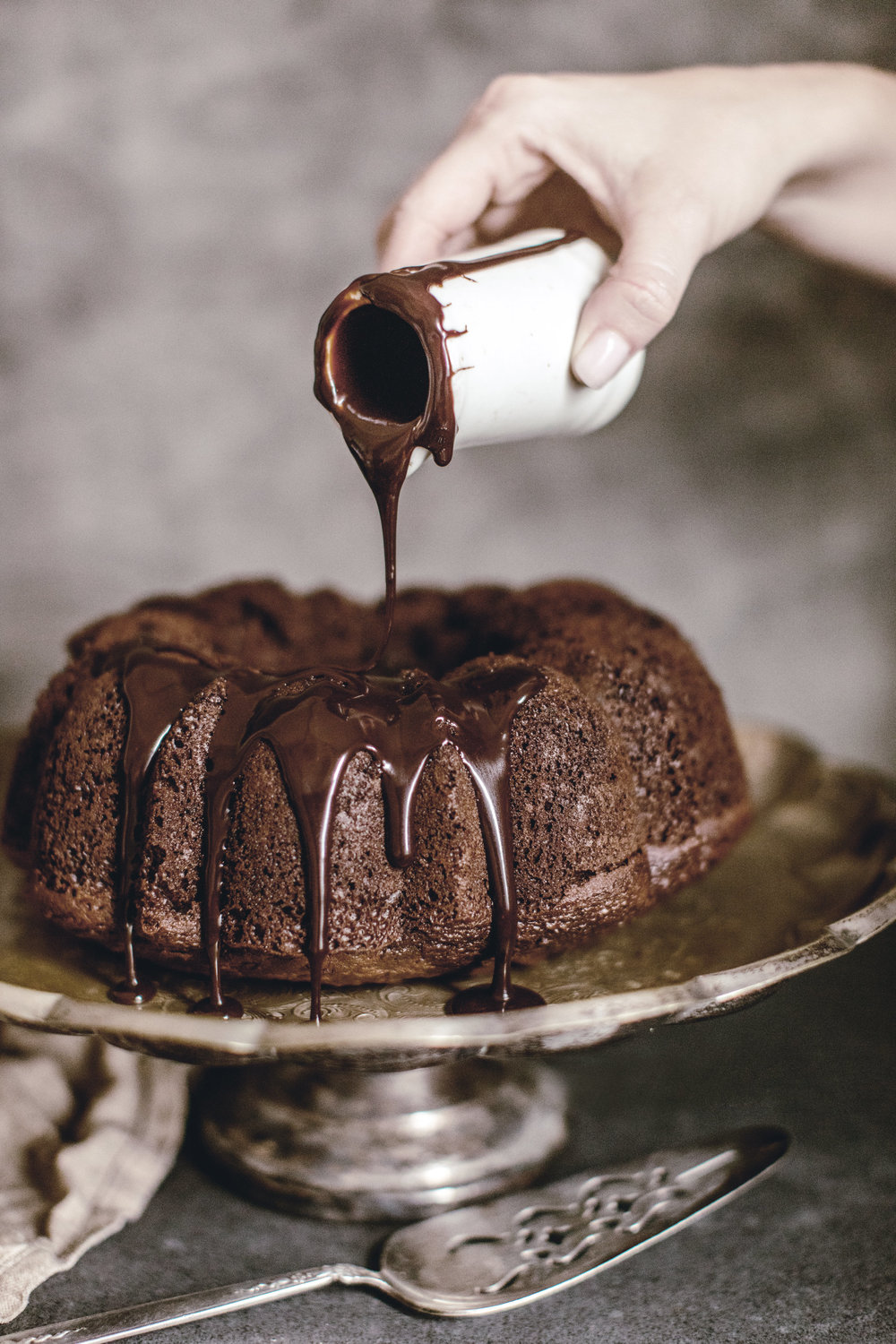 chocolate espresso bundt cake with chocolate glaze / heirloomed