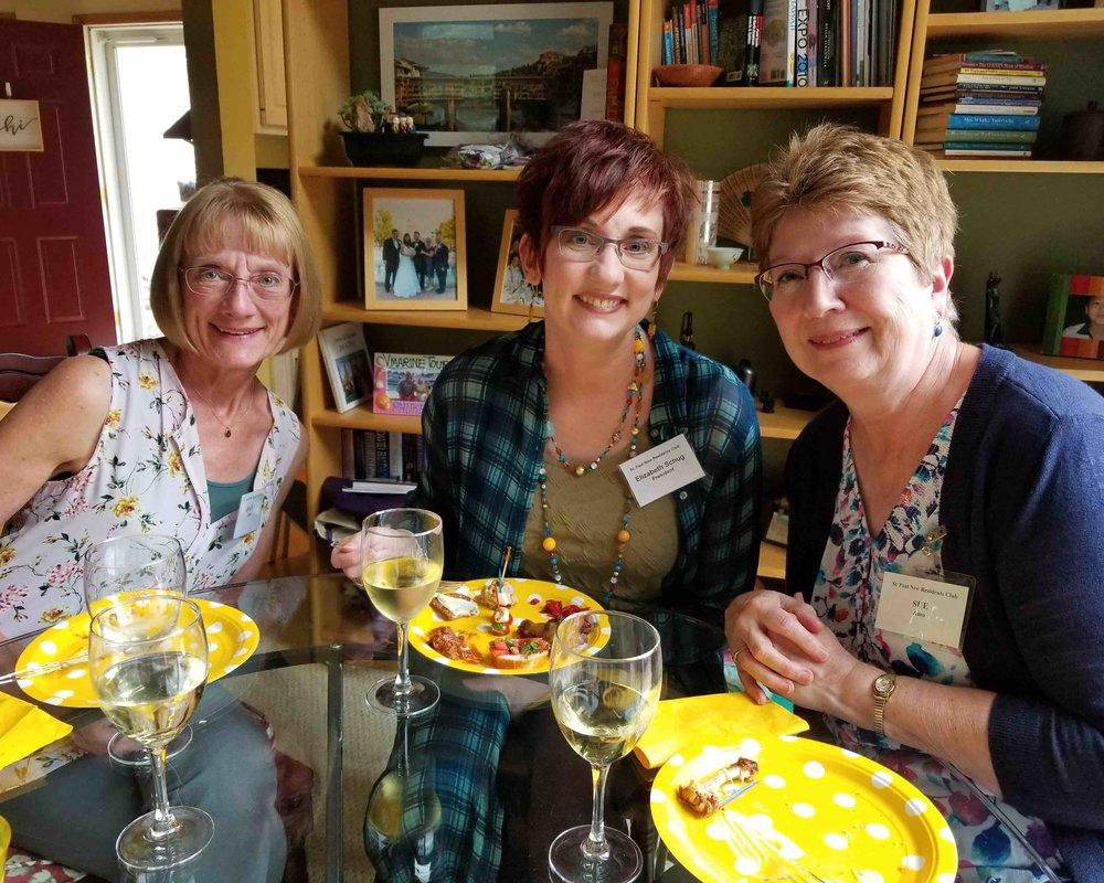 Joann, Elizabeth, Sue 2018-06-20 18.37.52 copy.jpg
