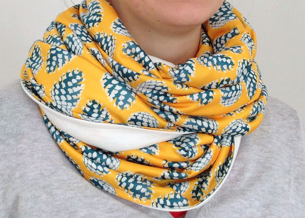 pine-cone-scarf-four