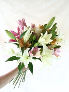Lily Bouquet Epic