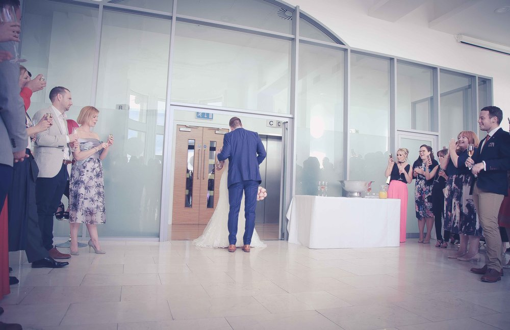 Wedding photos at the liver building (1 of 1)-25.jpg