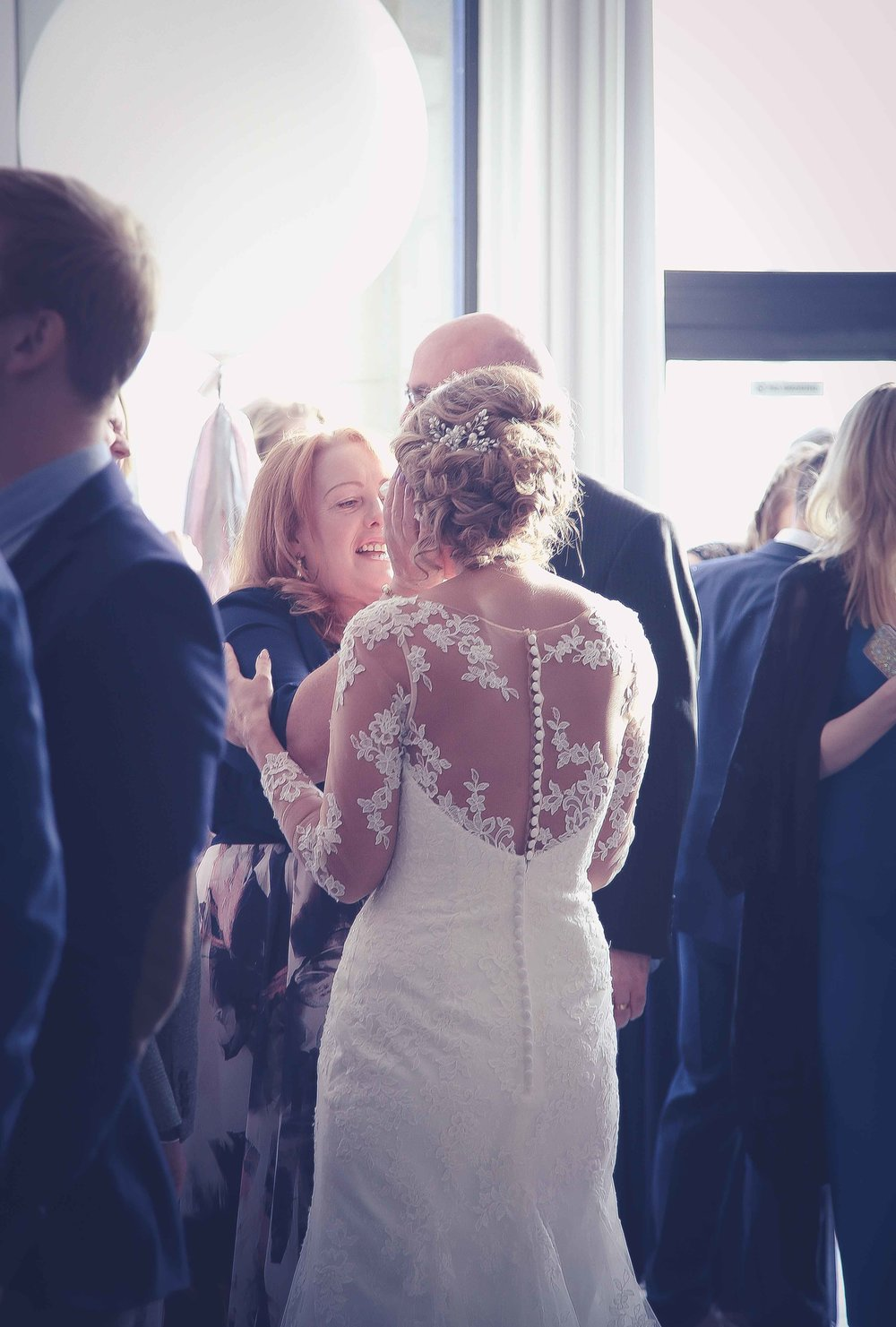 Wedding photos at the liver building (1 of 1)-30.jpg