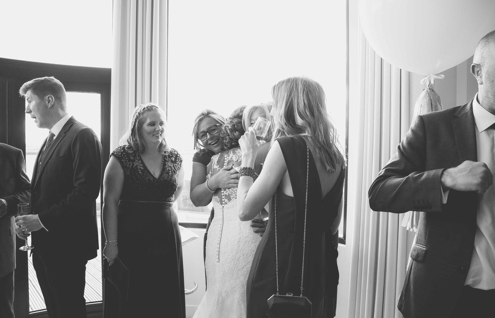 Wedding photos at the liver building (1 of 1)-32.jpg