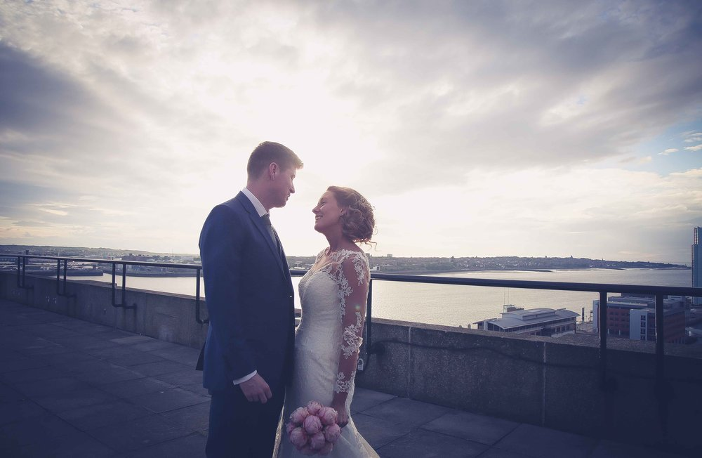 Wedding photos at the liver building (1 of 1)-38.jpg