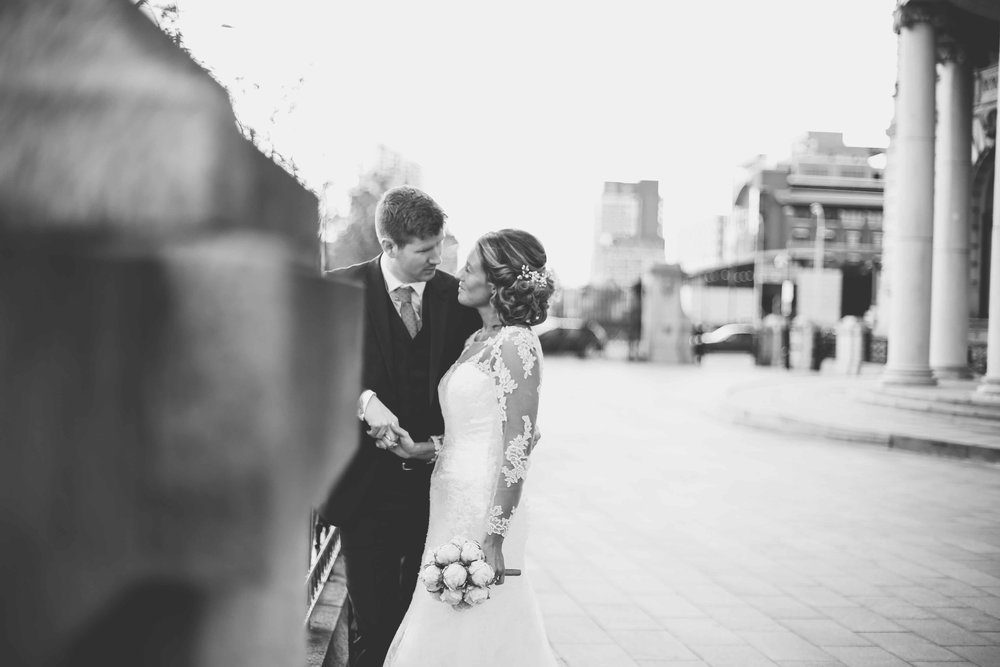 Wedding photos at the liver building (1 of 1)-47.jpg